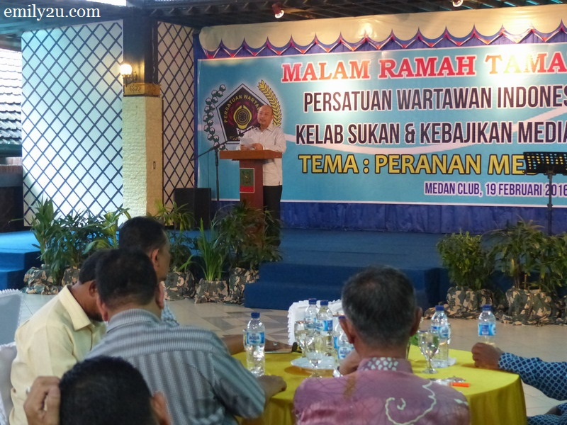 14. Medan City Mayor Dzulmi Eldin addresses his guests