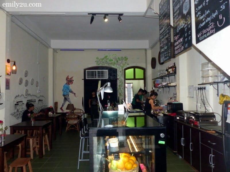 3. Cafe dé Rasta
