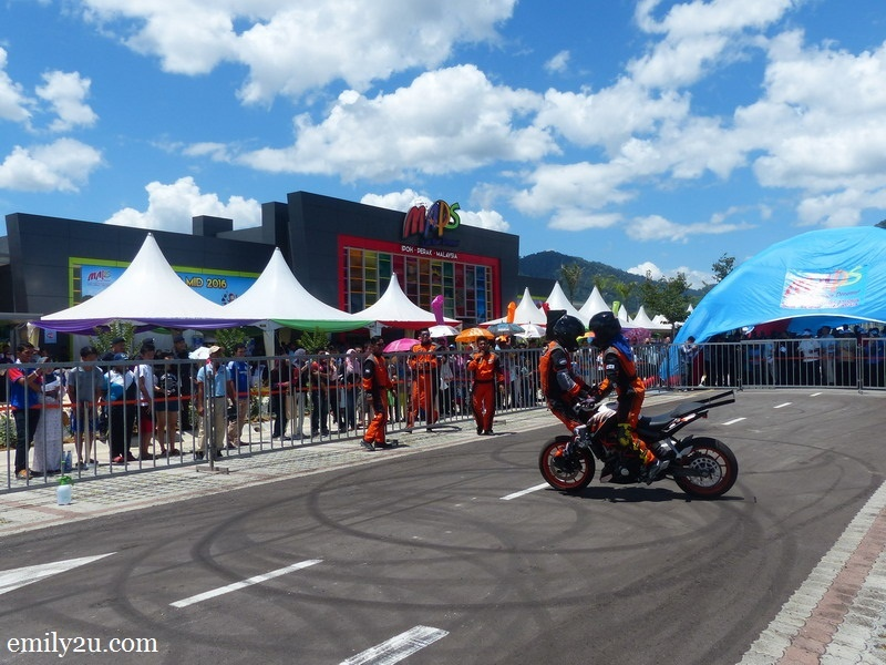 3. a sneak peek into the Stunt Legends show, the first stunt performance in Southeast Asia