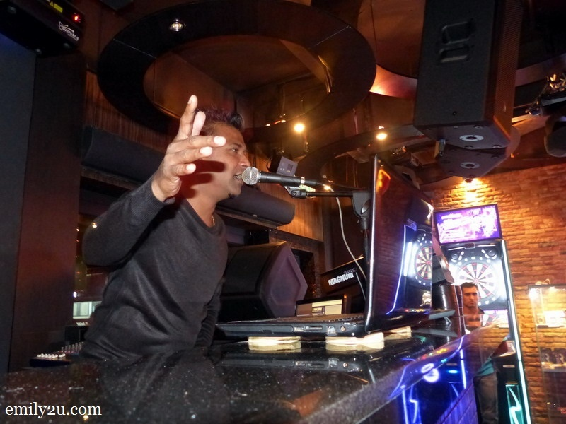 9. MOVIDA resident DJ pumps up the jam