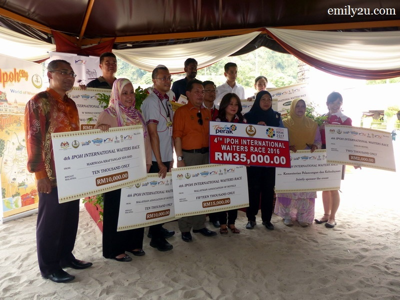 10. group photo of sponsors with tourism officials