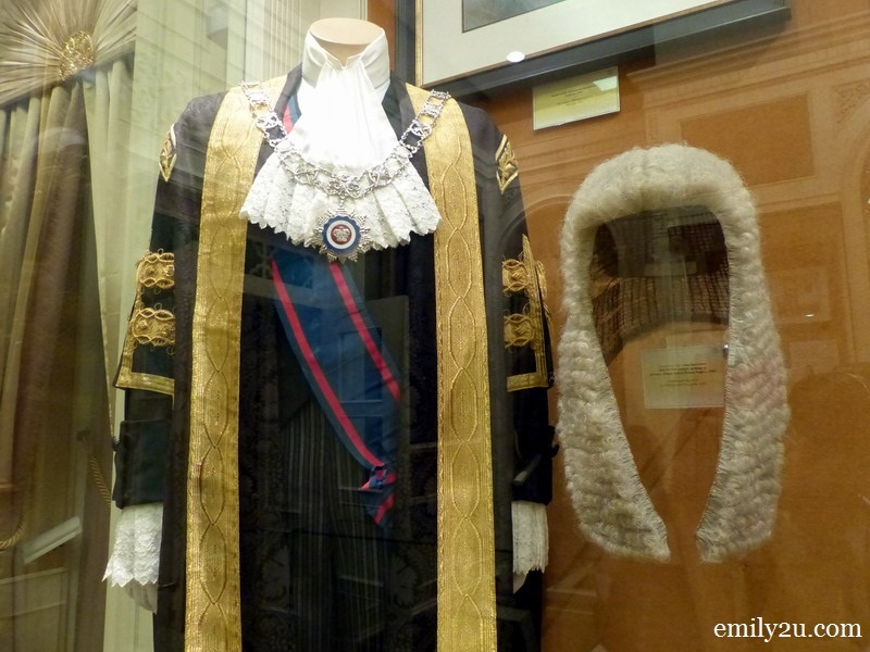 11. Robe of Lord President (Chief Justice) used from 1982 to 1984