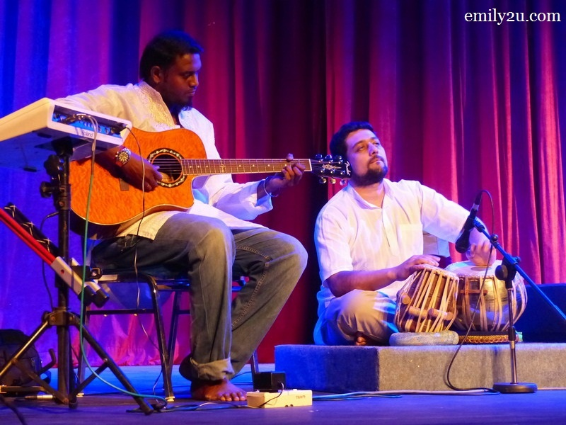 3. Ram on guitar (L) & Vinod on tabla