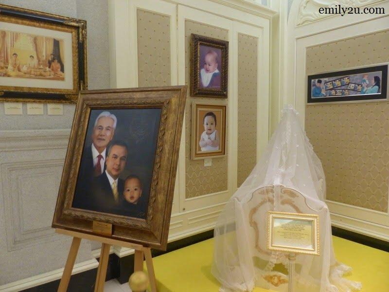 4. three generations of Royals