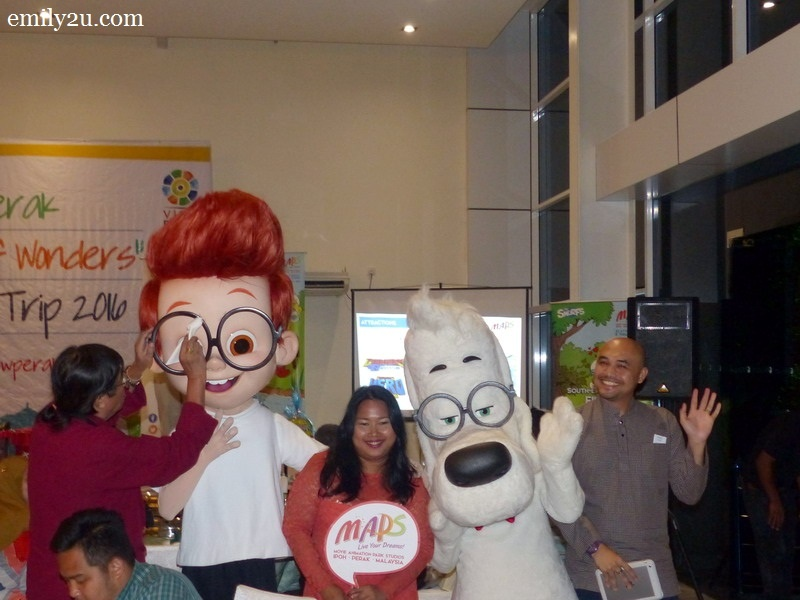 9. Mr. Peabody & Sherman make an appearance