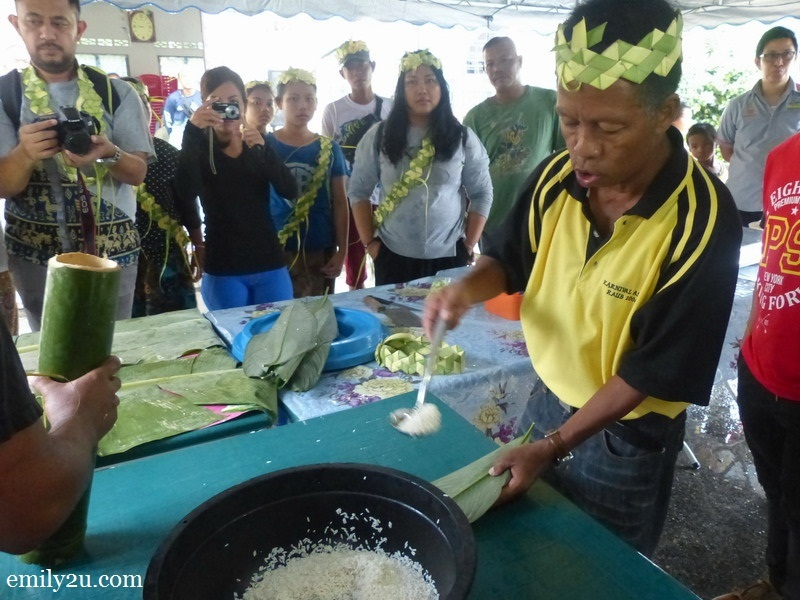 1. preparing rice to be cooked
