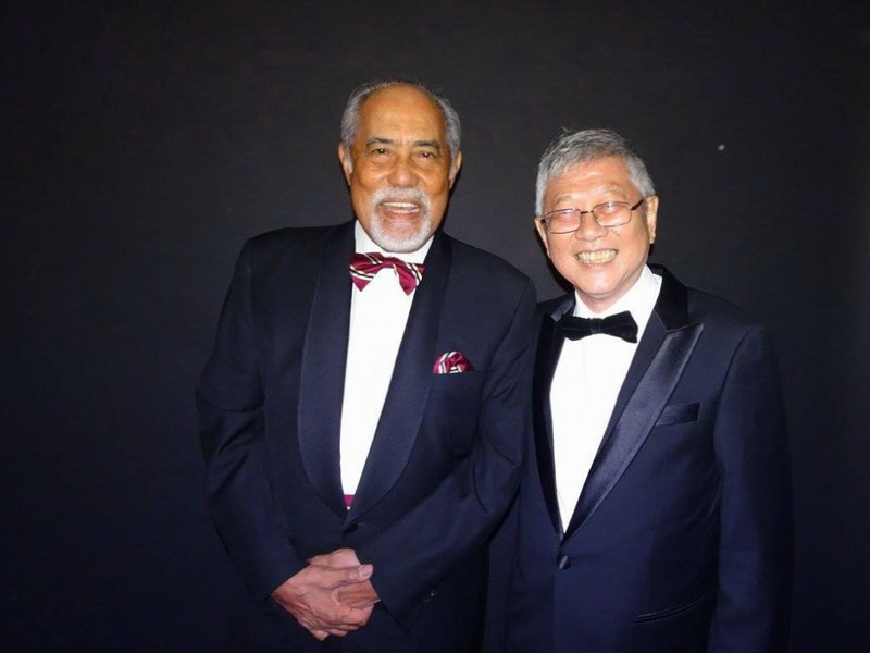 2. Tan Sri Dato' Seri Haji Megat Najmuddin (L) and Mr. Peter Chan