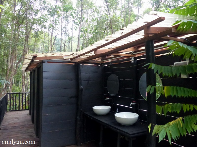 8. public shower stalls for rinsing