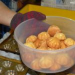 How to Make Kuih Bahulu
