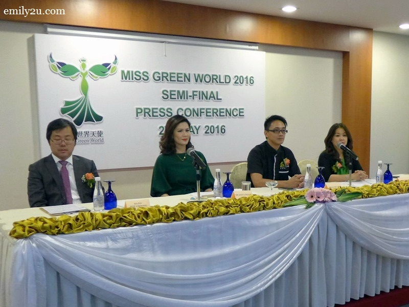 1. at the press conference (L-R): Dato' Jeff Choong (President of The Green World), Ms. Anita Phang (Founder of Miss Green World), Mr. David Lim (Organising Chairman for The Green World Run 2016) & Ms. Maggie Ong (Director of Syeun Hotel Ipoh)