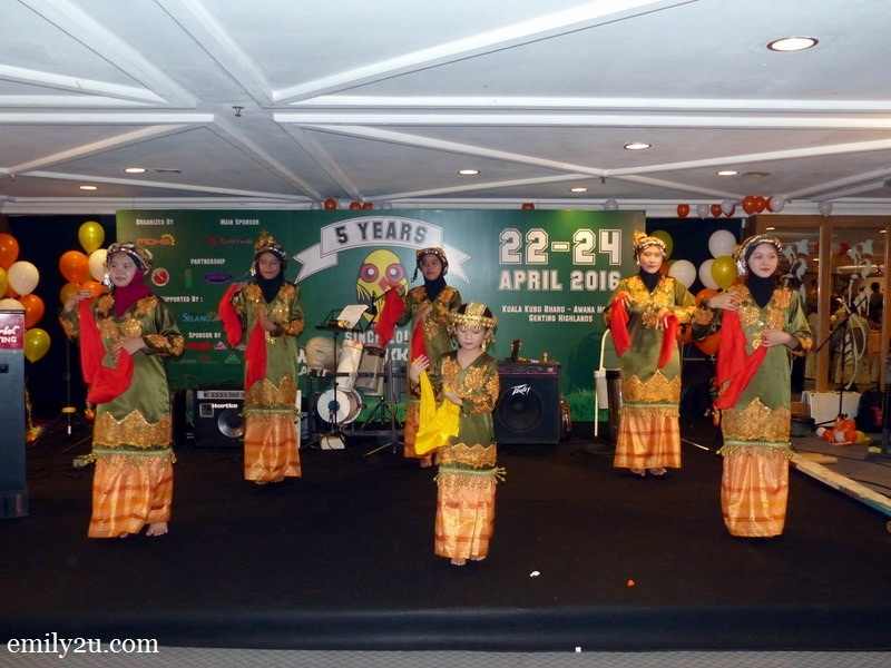 5. traditional dance performance during the official dinner of Wings of KKB in Awana Genting Resort