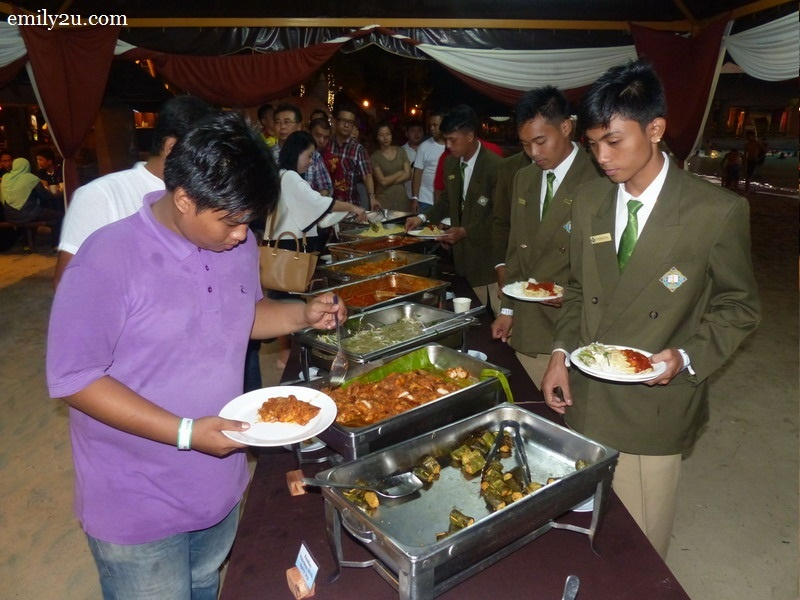 8. a scrumptious buffet spread for dinner