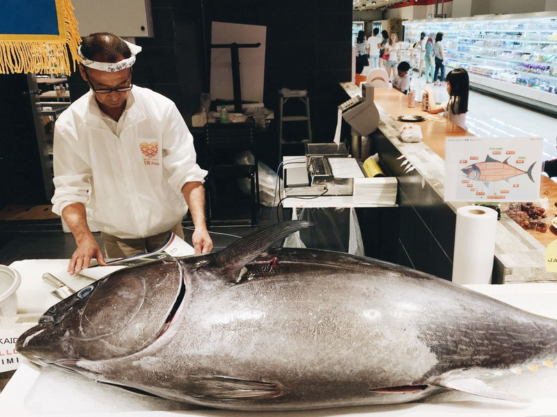 1. Chef Isobe gets ready to slice the 60kg bluefin tuna from Ehime Prefecture, Japan (image credit: Amanda Yeap)