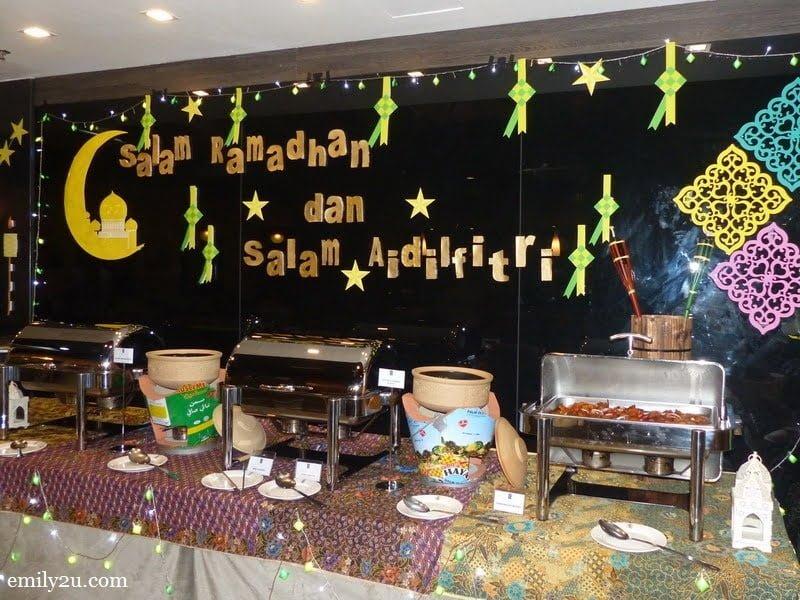 1. Symphony Suites Hotel Ramadan Buffet