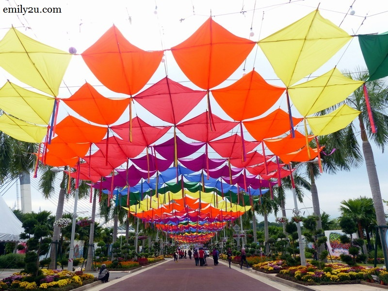 15. colourful kites overhead along the walkway to Royal Floria Putrajaya