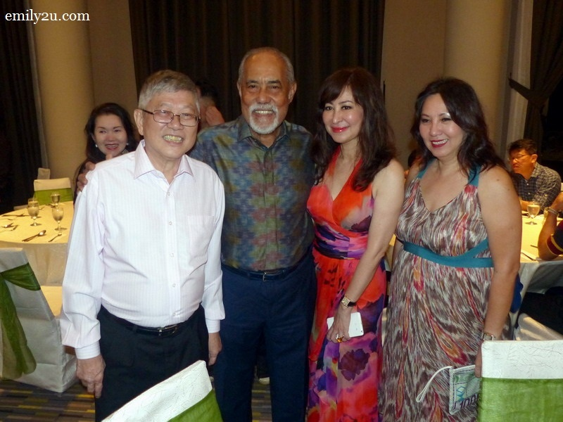 3. L-R: Mr. Peter Chan, Tan Sri Dato' Seri Haji Megat Najmuddin  and a couple of friends from Kuala Lumpur