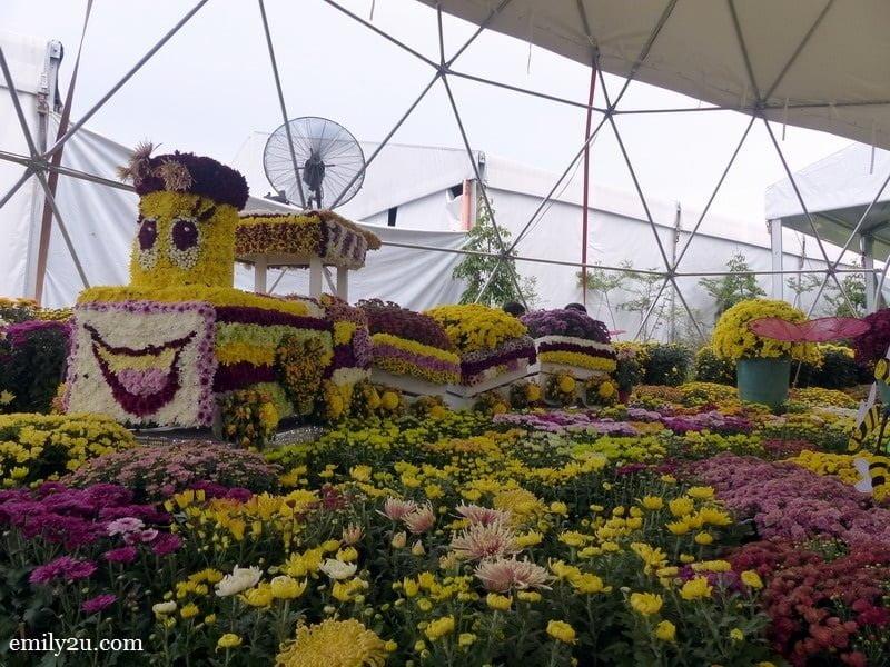 4. Chrysanthemum Garden