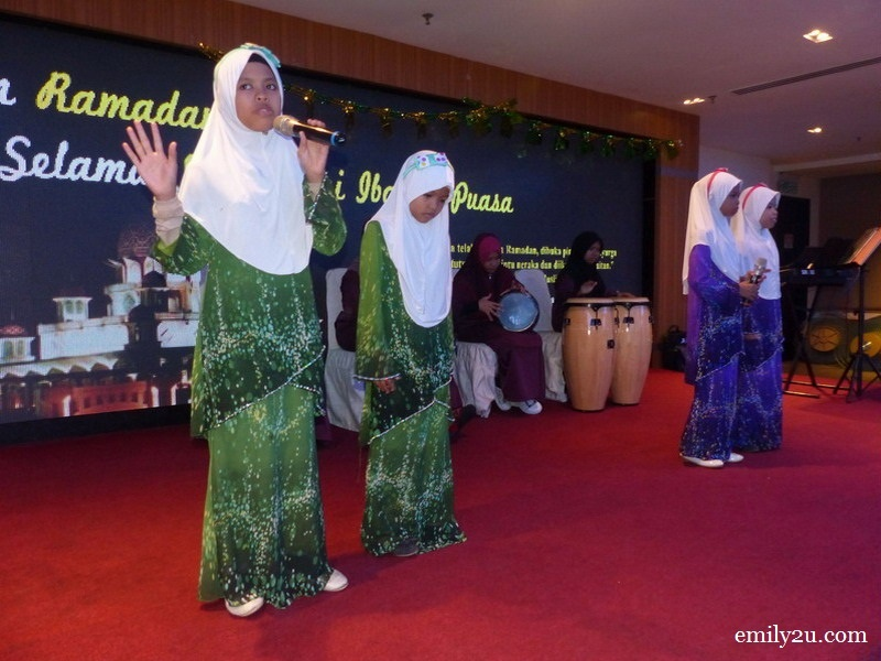 5. another nasyid performance by children from Pertubuhan Baitul Mubaroqah