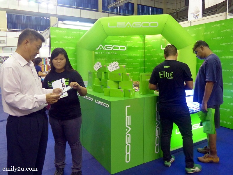 8. Leagoo booth