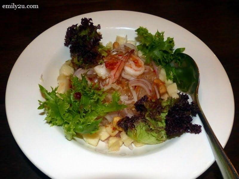 6. Thai Pomelo Salad (RM16)