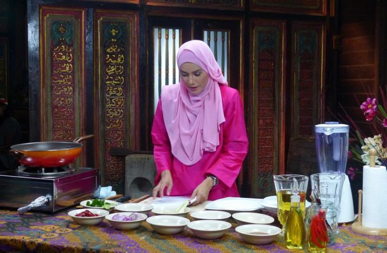Shooting of Rayakan Raya Starring Dr. Ezani Farhana