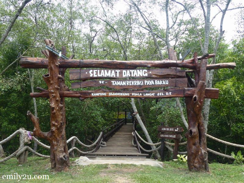 1. Mangrove Recreational Park, Kg. Sijangkang, Selangor