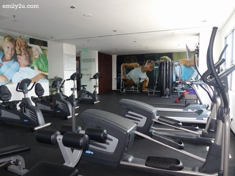 10. gym room