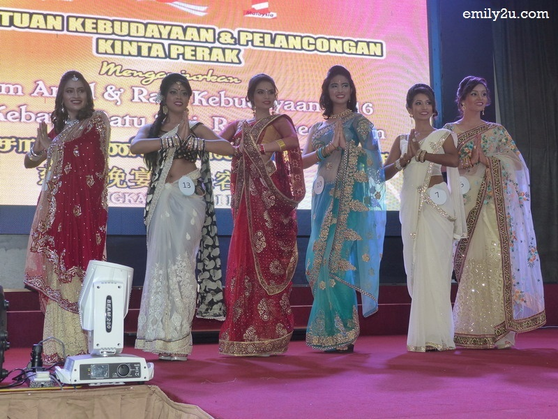 5. six contestants for Miss Saree