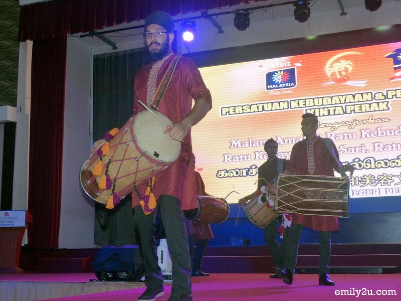 9. dhol performance