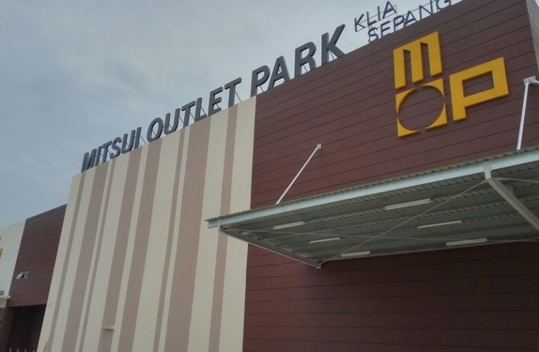 Mitsui Outlet Park + Free Shuttle Bus Service Schedule