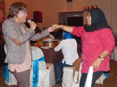12. entertainment by media representatives: NSTP's Nicky (L) & Harian Metro's Nor Raidah Awang (R)