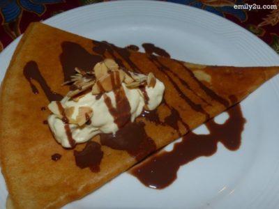 31. crispy durian pancake