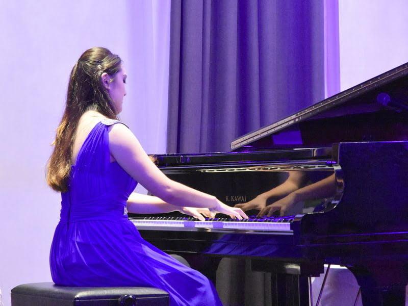 3. solo pianist Wong Vi Vien
