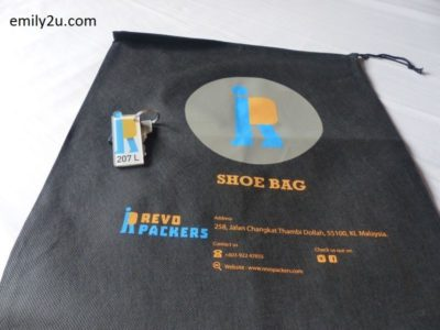6. shoe bag is complimentary