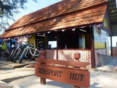 6. Seasport Hut