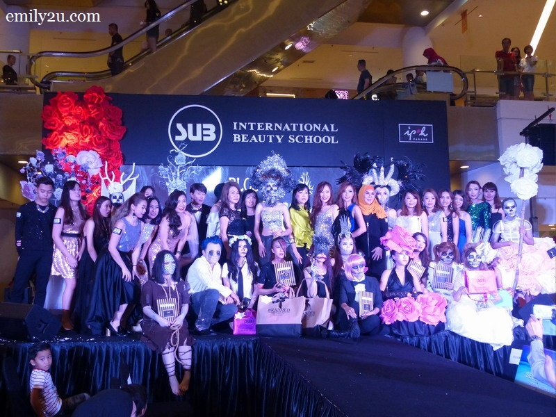 1. participants of the SUB Halloween Make-Up Competition 2016, together with school directors and judges