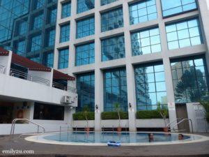 12-swiss-garden-hotel