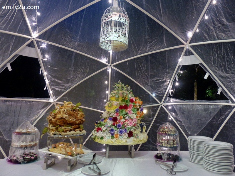 13. Igloo Dessert Bar