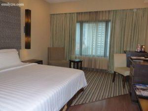 3-swiss-garden-hotel