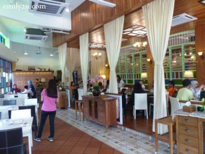 9. Restaurant Peranakan Place