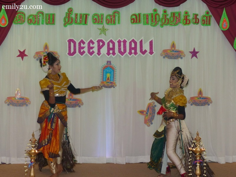 10. classical Indian dance performance