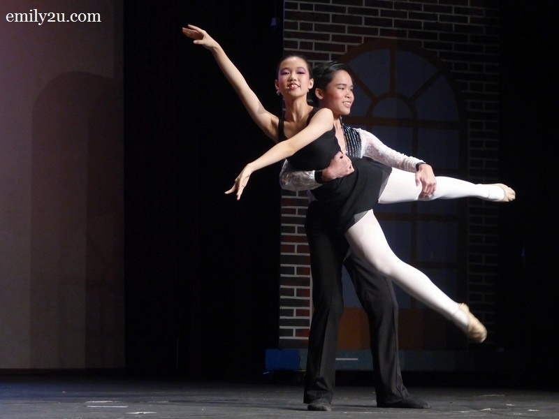4. Swee Lin learns ballet
