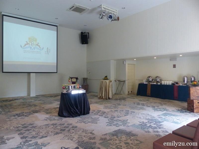 4. ballroom