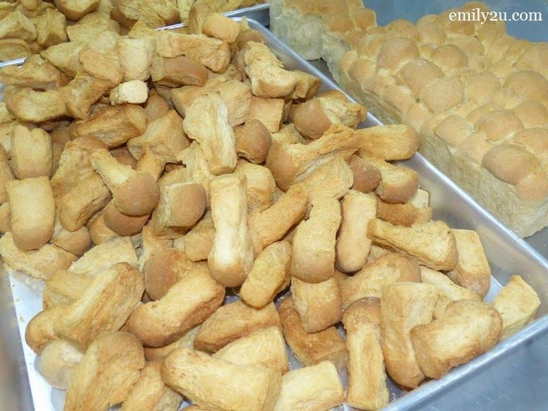 4. biskut tongkat production plant