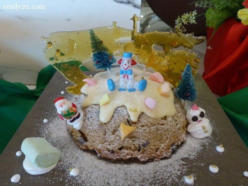 9. Christmas cake