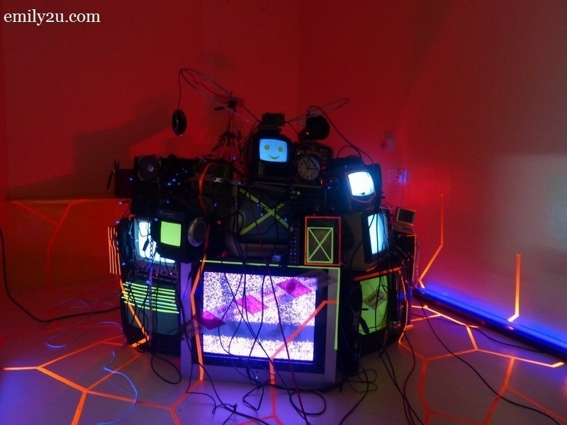 10. Mohamad Fadly Sabran's multiple channel video art installation