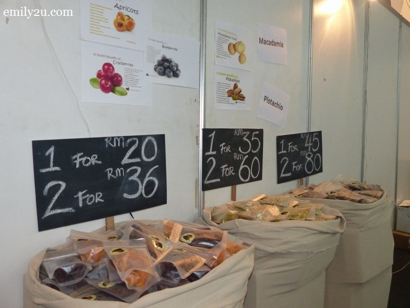 11. fruits and nuts stall