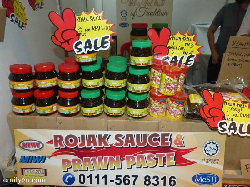 15. famous Penang rojak sauce & prawn paste