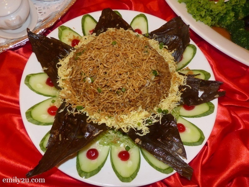 17. Menu D - Fried Rice with Anchovies & Salted Fish Wrapped in Lotus Leaf