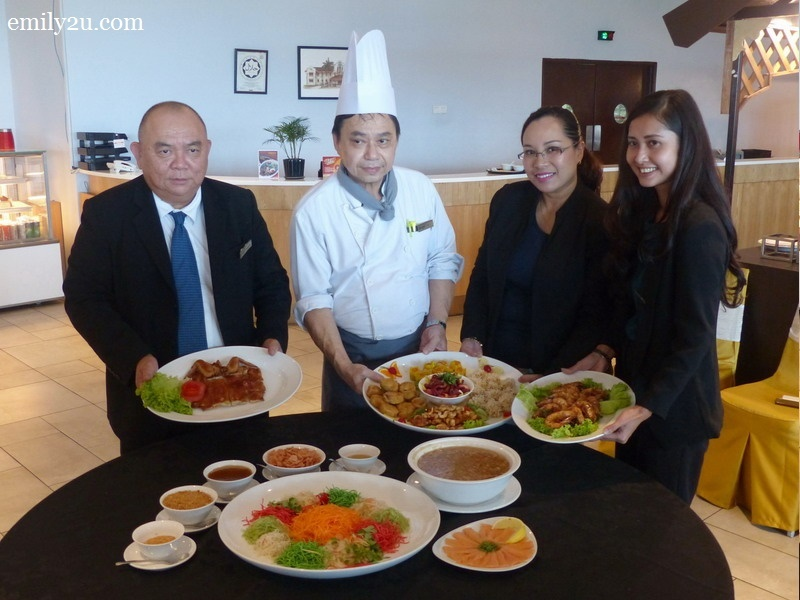 introducing the Chinese New Year menu of Casuarina@Meru (L-R): Director of Operations Eugene Lee, Chinese Chef Lee Chee Kheong, Director of Sales Sabrina Ahmad Tah & Marcom Manager Norafiza Bt. Abu Seman